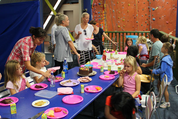 Kids Indoor Rock Climbing Panmure Auckland ClimbZone - Childrens birthday party ideas auckland